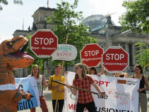 Fusion von Bayer-Monsanto stoppen - jetzt aktiv werden